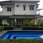 villa cibodas puncak 5 kamar murah kolam renang pribadi